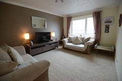 1 Bed house, Allanpark Street, Largs, KA30