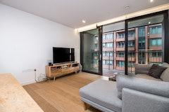 2 Bed house, Handyside Street, London, N1C4