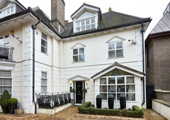 3 Bed house, West Heath Road, London, NW3