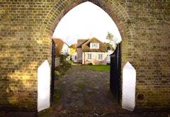 4 Bed house, Vine Lane, Uxbridge, UB10