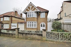 3 Bed house, Beaconsfield Road, London, N11
